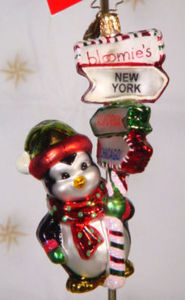 RADKO 3010715 WHICH WAY TO BLOOMIES - PENGUIN - RETIRED ORNAMENT (VV)