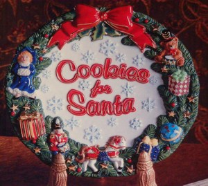 RADKO 2010712 COOKIES FOR SANTA ROUND PLATE - 9.5