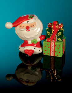 RADKO 2011453 SLEEPY TIME SANTA SALT & PEPPER SET - 3