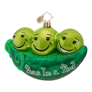 RADKO 1016959 PEAS IN A POD - 3 PEAS IN A POD ORNAMENT - NEW 2013 (13-19)
