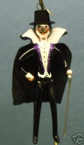 RADKO 1012783 MAX MOGUL - CAPED ITALIAN MAN - RETIRED ORNAMENT (Z)