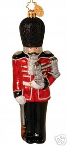 RADKO 1013917 TOWER GUARD - BRITISH NUTCRACKER - RETIRED ORNAMENT (GG1)
