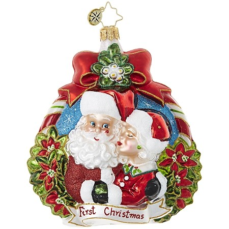 RADKO 1019022 A MERRY HOUSING MARKET - FIRST CHRISTMAS - HOUSE - DATED 2017 - MRS CLAUS KISSING SANTA ORNAMENT - NEW 2017 (17-15)