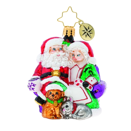RADKO 1019750 MR & MRS CLAUS PAUSE GEM - SANTA & MRS CLAUS WITH THEIR CAT & DOG ORNAMENT - NEW 2019 (27-5)
